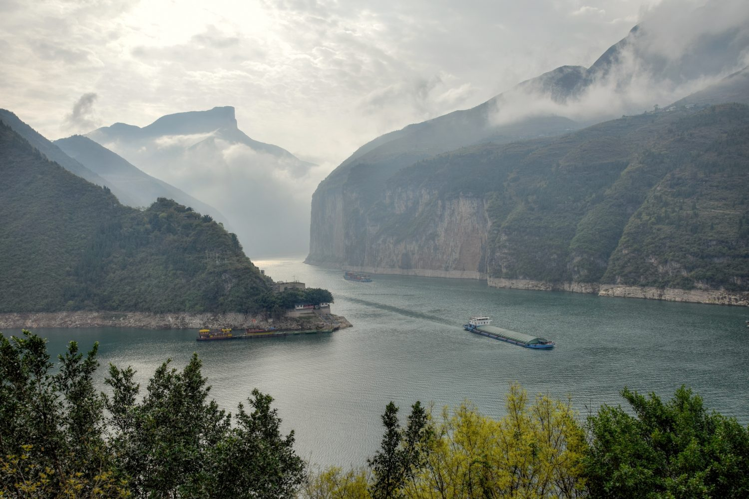 Picture of the Yangtze River in China - Visit China